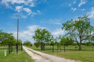 8901 COUNTY ROAD 505, Alvarado, TX 76009 - Photo 2