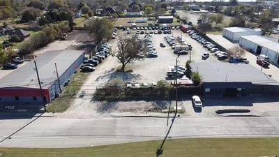 214 E RED BIRD LN # A, Duncanville, TX 75116 - Photo 2