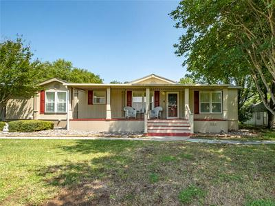 202 BRAZOS HARBOR DR, Granbury, TX 76048 - Photo 1