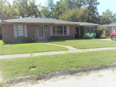 1718 HEATHER RD, Gainesville, TX 76240 - Photo 2