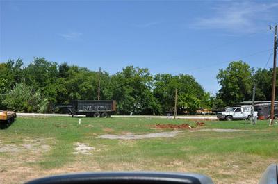 102 ALLEN ST, Weatherford, TX 76086 - Photo 2
