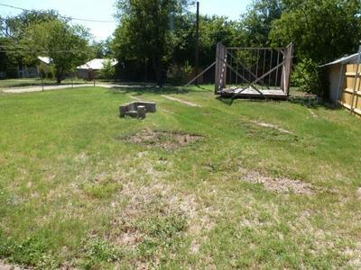 826 POPLAR ST, Abilene, TX 79602 - Photo 2