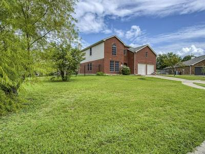 13766 BANDERA RANCH CT, Fort Worth, TX 76262 - Photo 2