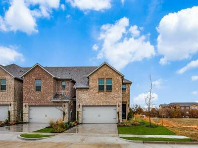 645 HUTCHINSON LN, Lewisville, TX 75077 - Photo 1