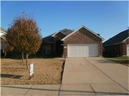 3135 S CAMINO LAGOS, Grand Prairie, TX 75054 - Photo 2