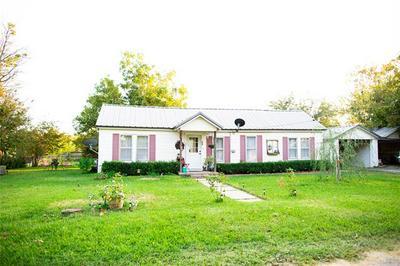 404 W LITTLE ST, Hamilton, TX 76531 - Photo 1