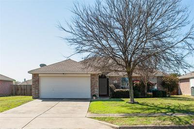 305 VALLEY DR, AUBREY, TX 76227 - Photo 1