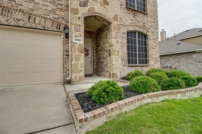 1509 CANYON CREEK RD, Wylie, TX 75098 - Photo 2