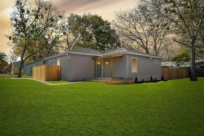 1700 S JEFFERSON ST, Kaufman, TX 75142 - Photo 1