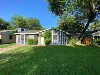 1326 DRIFTWOOD DR, Duncanville, TX 75116 - Photo 1