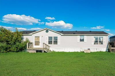 1075 JOHN WAYNE RD, Kaufman, TX 75142 - Photo 1