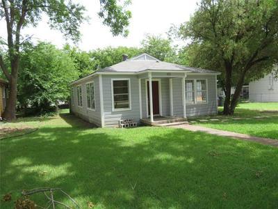 401 MARSHALL ST, Sanger, TX 76266 - Photo 1