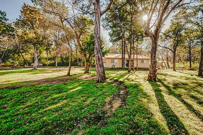 1406 SIERRA BLANCA DR, Duncanville, TX 75116 - Photo 2