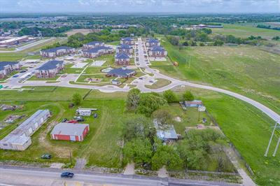 5720 S INTERSTATE HIGHWAY 45, Wilmer, TX 75172 - Photo 2