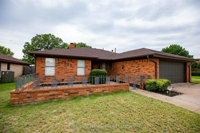 2925 RED OAK CIR, Abilene, TX 79606 - Photo 1