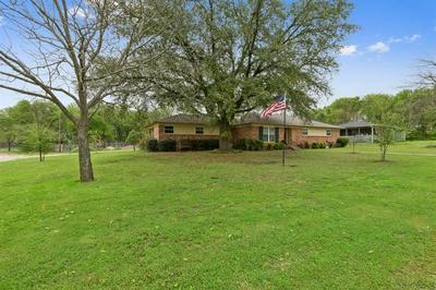 520 ABBOTT N STREET, Hillsboro, TX 76645 - Photo 2