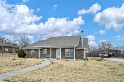 227 HILLCREST ST, Muenster, TX 76252 - Photo 1