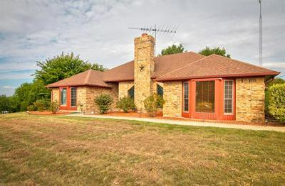 129 GOLDEN RD, Sherman, TX 75090 - Photo 2