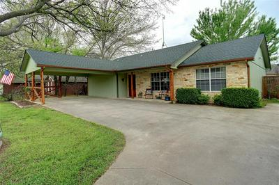 617 N AVENUE D, SPRINGTOWN, TX 76082 - Photo 2