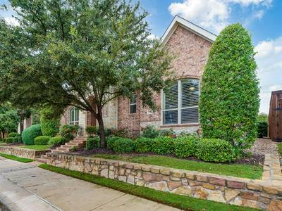 524 KING GALLOWAY DR, Lewisville, TX 75056 - Photo 2