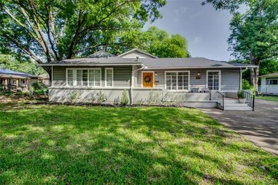 101 CHARLOTTE AVE, Waxahachie, TX 75165 - Photo 1