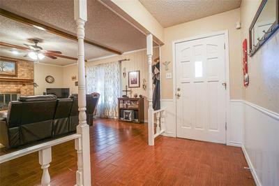 314 HILLCREST ST, Midlothian, TX 76065 - Photo 2
