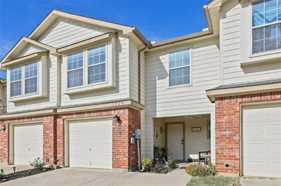 3820 VISTA MAR DR, Fort Worth, TX 76040 - Photo 2
