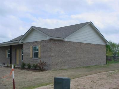 146 BARN ST, Emory, TX 75440 - Photo 2