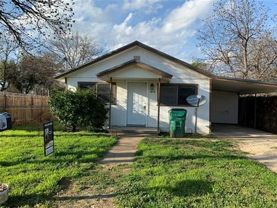 1014 W ARCHER ST, JACKSBORO, TX 76458 - Photo 2