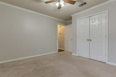 814 TWIN CREEK DR, Mansfield, TX 76063 - Photo 2