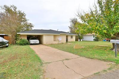 507 AVENUE K, Anson, TX 79501 - Photo 2
