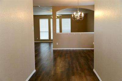 1186 KIELDER CIR, Fort Worth, TX 76134 - Photo 2