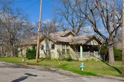 401 SUMMITT ST, FARMERSVILLE, TX 75442 - Photo 2