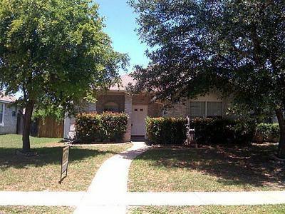 630 ATTEBERRY LN, LANCASTER, TX 75146 - Photo 1