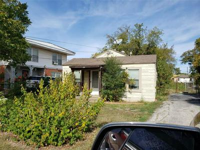 8404 MELROSE ST W, White Settlement, TX 76108 - Photo 1