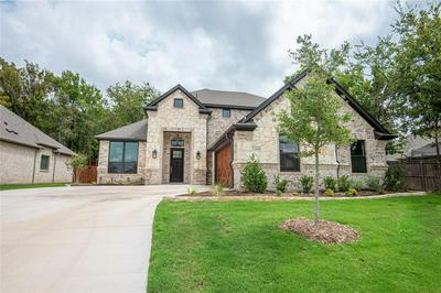 1104 CROWN VALLEY DR, Weatherford, TX 76087 - Photo 1