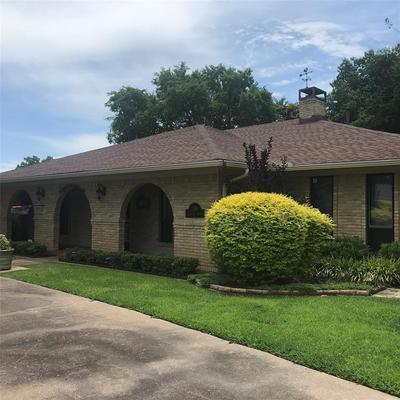1101 EDGEWOOD DR, Greenville, TX 75402 - Photo 1