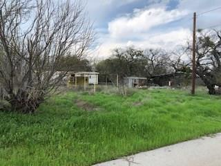 1001 S MILLER ST, Breckenridge, TX 76424 - Photo 2