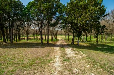185 TRES VISTAS CT, CRESSON, TX 76035 - Photo 2