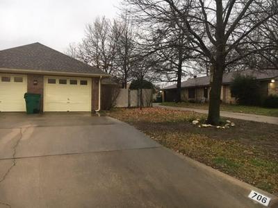 706 PRAIRIE WIND BLVD, STEPHENVILLE, TX 76401 - Photo 2