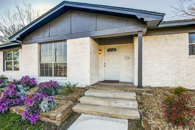 700 CHARYL LYNN DR, ARGYLE, TX 76226 - Photo 2