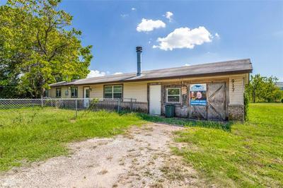 917 GERMAINE ST, Aubrey, TX 76227 - Photo 1
