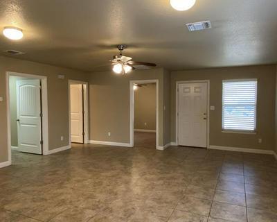 3109 WEAVE CT, Granbury, TX 76049 - Photo 2