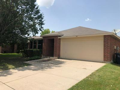 1917 COPPER MOUNTAIN DR, Fort Worth, TX 76247 - Photo 2