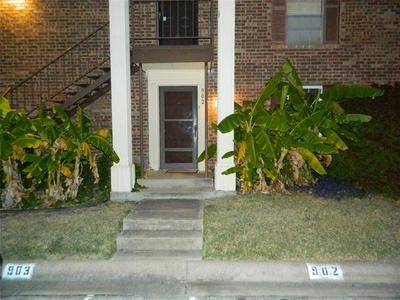 4032 RIDGLEA COUNTRY CLUB DR APT 902, Fort Worth, TX 76126 - Photo 1