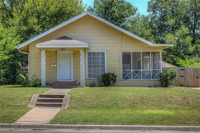 1508 MONROE ST, Commerce, TX 75428 - Photo 2