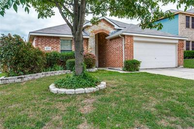9833 STERLING HILL DR, Fort Worth, TX 76108 - Photo 2