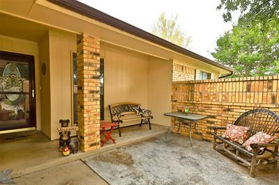 5233 SHADY GLEN LN, Abilene, TX 79606 - Photo 2