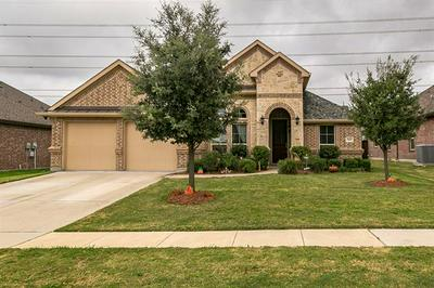 7647 WATERCREST LN, Grand Prairie, TX 75054 - Photo 1
