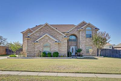 708 LAKEWOOD DR, Kennedale, TX 76060 - Photo 2